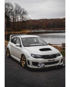 RumbleBros : Photo Subaru Wrx Hatchback, Jdm Subaru, Subaru Cars, Subaru Impreza, Jdm Cars, Old Corvette, Hatchbacks, Aston Martin Cars, Drifting Cars