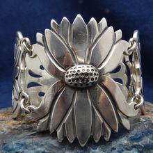 Superb Vintage 1930's La Joya Mexican Silver Sunflower Bracelet