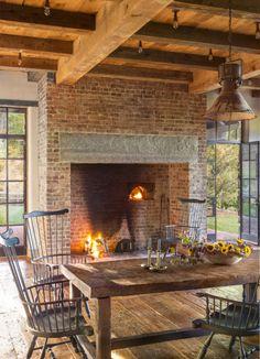 Primitive homes – Country Decor Today Primitive Homes, Primitive Country, Primitive Antiques, Open Fireplace, Fireplace Design, Primitive Fireplace, Cottage Fireplace, Primitive Bedroom, Fireplace Ideas