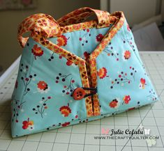The Crafty Quilter: The Caddy Pad - a darling carrying case for your iron that transforms into a portable ironing mat!!