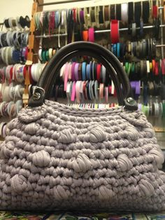 Handmade, knitted bag. Borsa in maglia fatta a mano.