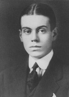 Portrait of Cole Porter, Yale College B.A. 1913. Image courtesy of the Yale University Manuscripts & Archives Digital Images Database, Yale University, New Haven, Connecticut. Retouched by Marmaduke Percy.