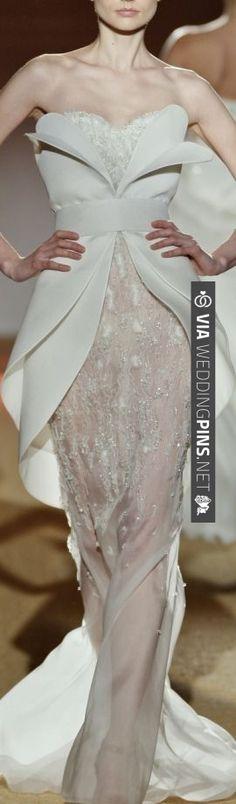 SARLI unusual wedding dress | VIA #WEDDINGPINS.NET