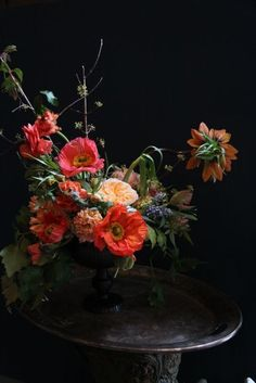 ♆ Blissful Bouquets ♆  gorgeous wedding bouquets, flower arrangements & floral centerpieces - Dutch inspired flower arrangement by Little.Flower School