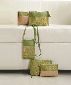 "Beauty Heaven "" Green Brocade ""   Buy @ inhoma.de #Bags #Pouches #Schminktaschen #PatryTaschen #KleineTaschen"