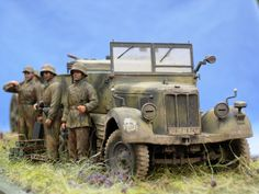 TRACK-LINK / Gallery / Sd.kfz.11 and leFH18