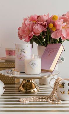Pink and gold - feminine office looks Candle Tray, Candles, Prize Candle, Home Decor Items, Cheap Home Decor, Pink Love, Pink And Gold, Home Scents, Everything Pink