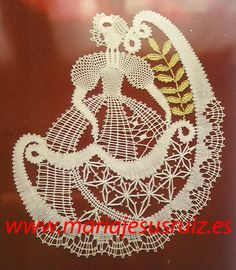 Trabajos propios Lace Heart, Lace Jewelry, Bobbin Lace, Lace Detail, Human Figures, Butterfly, Mj, Bobbin Lace Patterns, Bias Tape