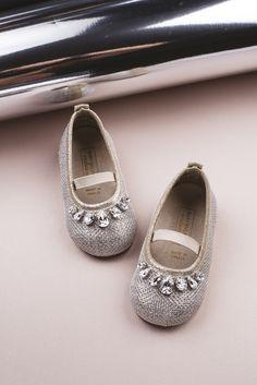 Luxury swarovski Tears Balarina.. Tory Burch Flats, Espadrilles, Swarovski, Luxury, Winter, Collection, Shoes, Fashion, Espadrilles Outfit