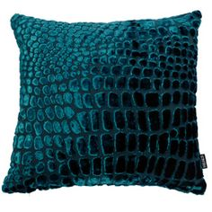 Monir Boktor posted teal and red living room to his -For the home- postboard via the Juxtapost bookmarklet. Living Room Red, Living Room Accents, Teal Orange, Dark Blue Green, Teal Blue, Teal Cushions, Green Pillows, Family Room Decorating, Decorating Ideas