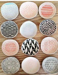 Air dry clay handmade trays Ceramics - Porcelain - Home Decor - Home Design - Pottery - Jewelry Dish - Jewelry Tray - Air drying clay - Air drying clay ideas Ceramic Clay, Ceramic Painting, Ceramic Plates, Ceramic Pottery, Clay Plates, Painted Ceramics, Painted Plates, Ceramic Coasters, Slab Pottery