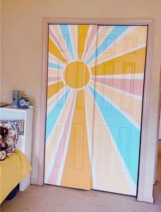 Cute Bedroom Decor, Room Ideas Bedroom, Bedroom Art, Diy Room Decor, Bedroom Rugs, Bedrooms, Painted Bedroom Doors, Closet Doors Painted, Painted Doors