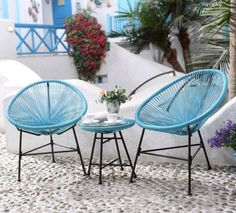 Patio Furniture – A Must Have For Your Outdoor Space Tropical Outdoor Furniture, Outdoor Furniture Sets, Outdoor Decor, Hookah Lounge, Relax, Table And Chair Sets, Design Your Home, Patio Table, Porch Swing