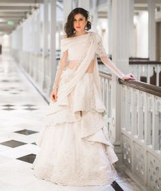 Get yourself dressed up with the latest lehenga designs online. Explore the collection that HappyShappy have. Select your favourite from the wide range of lehenga designs Indian Wedding Gowns, Indian Gowns Dresses, Indian Bridal, Indian Outfits, Bride Indian, Pakistani Bridal, Western Outfits, Bridal Outfits, Bridal Dresses