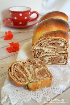 Gabriella kalandjai a konyhában :): Cifra kalács Hungarian Desserts, Hungarian Recipes, Romanian Food, Eat Dessert First, Savoury Dishes, No Bake Desserts, Cake Recipes, Breakfast Recipes, Bakery