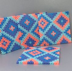 bead embroidery patterns on fabric Easy Perler Bead Patterns, Melty Bead Patterns, Perler Bead Templates, Beading Patterns, Melty Beads Ideas, Embroidery Patterns, Mosaic Patterns, Jewelry Patterns, Knitting Patterns