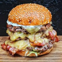 Triple Cliff Burger