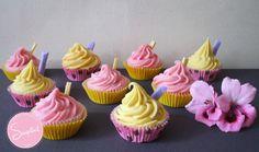 Cupcakes elaborados en Jabón Artesanal, aromatizados con Aceites esenciales de Lavanda y Naranja Dulce.