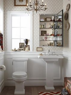 1/2 bath. Seriously considering wallpaper...