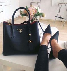 style for daily fashion & lifestyle handbags