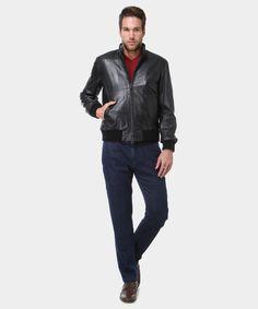 Black Leather style! In questa stagione il giubbotto di pelle nera è un must have. www.privalia.com