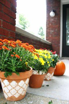 decorate a flower pot