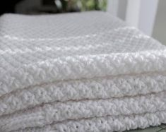 Robyn Baby Blanket Knitting pattern by Knit & Purl Makes – Knitting Blanket 2020 Knitting Terms, Baby Knitting, Knitting Patterns, Stitch Patterns, Cotton Baby Blankets, Knitted Baby Blankets, Make Blanket, Blanket Sizes, Car Seat And Stroller
