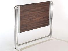 Folding table designed by Alfred van Elk for Kembo. Folded product. GIO design award, ID design award, honourable mention. Co-design Mars Holwerda.