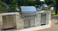 #VikingOutdoor Kitchen This is exactly what color stone and granite I want in our outdoor kitchen.  Love it!