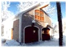 Find the best builder for your garage or carriage house at Better Homes & Gardens' HomeAdvisor.com