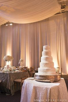Five Tier Wedding Cake, so beautiful and check out the lighting.