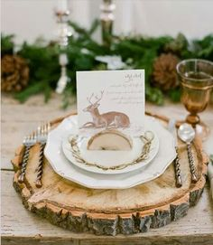 Try these beautiful Thanksgiving table setting ideas, tablescapes, and decorations for your next Thanksgiving! From rustic centerpieces​ to pretty place cards​, there are so many ways to set the Thanksgiving table in style. Thanksgiving Table Settings, Thanksgiving Tablescapes, Christmas Table Settings, Holiday Tables, Thanksgiving Decorations, Christmas Decorations, Christmas Place Setting, Thanksgiving Placemats, Rustic Thanksgiving