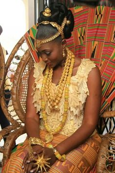 Beautiful Ghanaian bride ~Latest African Fashion, African Prints, African fashion styles, African clothing, Nigerian style, Ghanaian fashion, African women dresses, African Bags, African shoes, Nigerian fashion, Ankara, Kitenge, Aso okè, Kenté, brocade. ~DK
