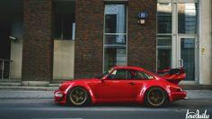 Porsche 911 Turbo insane