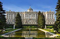 8 Stunning Royal Homes From Across The Globe - Veranda.com