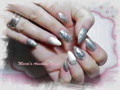 #Maria'sAwesomeNails! #nailart #silvernails #winternails