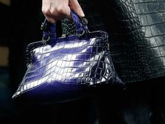 Mini bag Bottega Veneta in rettile - Modello con superficie degradè tra le borse Autunno/Inverno 2015/2016