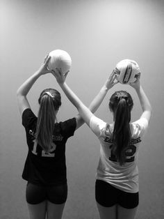 Cutest thing to do with ur volley ball bestie