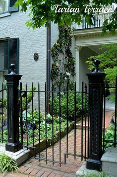 Great gate ~ Lexington, Kentucky
