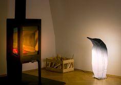 Lampe de sol en origami pingouin - 45€ - Les Esthètes