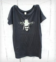 Womens Honey Bee Tee - Charcoal | Collections Earth Day | Naturwrk | Scoutmob Shoppe | Product Detail