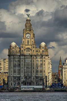 I will be in the Beatles hometown ahhhhhhroyal liver building, liverpool. I will be in the Beatles hometown ahhhhhh Liverpool England, Liverpool Home, Liverpool Docks, Liverpool Images, Liverpool Waterfront, Liverpool History, England And Scotland, England Uk, London England
