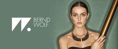 Bernd Wolf Schmuck beim Best of DesignerSchmuck-Shooting in Szene gesetzt Schmuck Design, Designer, Wolf Jewelry, Scene, Bangle