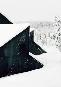 Vardehaugen & Their Picturesque Winter Cabin - Wit & Delight