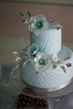 Wedding cake in soft sky blue, buttercream florals. Enjoy RUSHWORLD boards, WEDDING CAKES WE DO, FANCY DESSERT RECIPES and MOOD BUSTERS FEEL BETTER NOW. Follow RUSHWORLD on Pinterest! New content daily, always something you'll love!