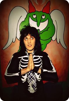 Noel Fielding is one of my celebrity crushes because he's absolutely hilarious, he has the best taste in fashion and I love his hair!