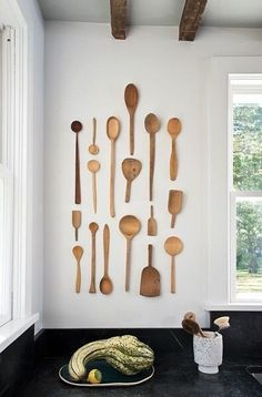 Here you will find modern kitchen wall decor ideas! These ideas can help you to decorate your kitchen and make it more comfortable and cozier. Diy Wall Decor, Diy Home Decor, Room Decor, Unique Wall Decor, Large Rustic Wall Decor, Wooden Wall Decor, Art Decor, Kitchen Wall Art, Kitchen Decor