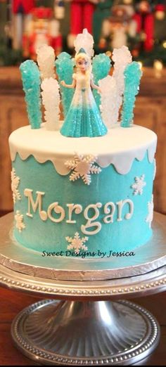 Frozen Themed Cake maybe for my birthday since it's in December Frozen Theme Cake, Frozen Birthday Party, Frozen Party, Cake Birthday, 5th Birthday, Birthday Ideas, Turtle Birthday, Turtle Party, Carnival Birthday