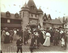 Midget City, Dreamland, Coney Island, New York. Dreamland operated from 1904-1911. An accidental fire broke out May 27, 1911 which completely devastated the entire park.