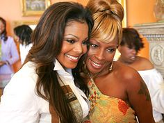 Singers Janet Jackson and Mary J. Blige.